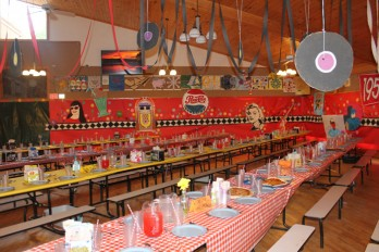dining-hall-pizza-3504